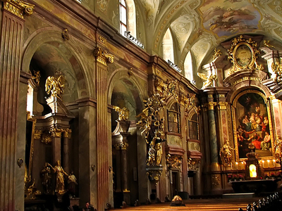 St. Anne's Church Inside