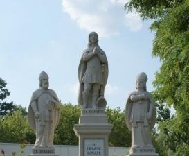 Las estatuas de los Santos de pronóstico de lluvia