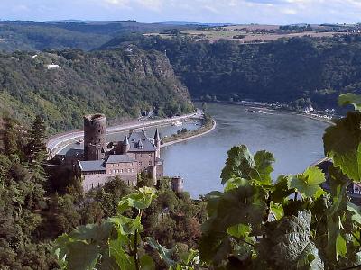 St. Goarshausen Castle Katz With Loreley Rock