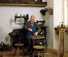 Stiefel-Csizmen-macher-Museum
