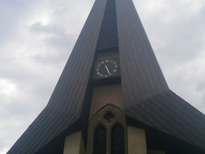 St Julien   Eglise