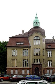 Building Housing The Sugar Museum