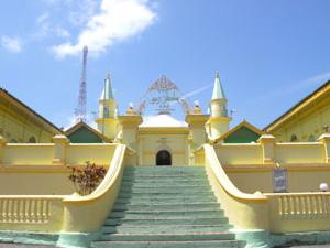 Sultan Riau Mosque