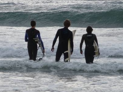 Surfers  At  Cardiff  Reef