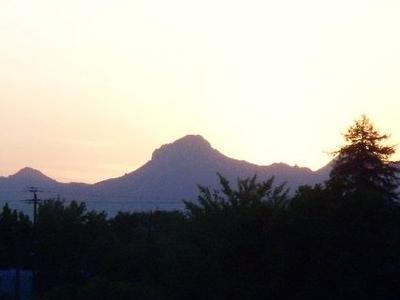 Sutter  Mountains