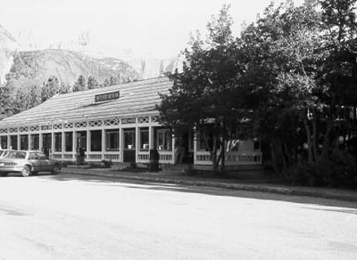 Swiftcurrent Auto Camp Historic District - Glacier - USA