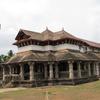 Saavira Kambada Basadi Jain Temple