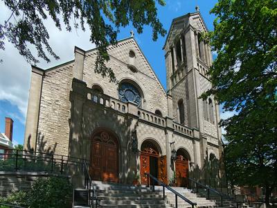 Saint Lon De Westmount Church
