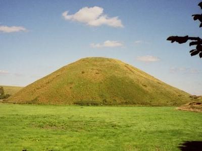 Silbury Hill Gobeirne
