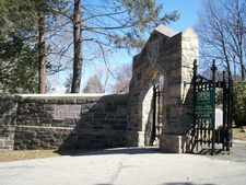 Sleepy Hollow N Y Entrance