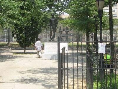 DeWitt Clinton Park