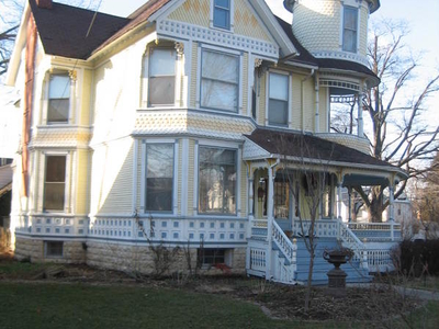The 1890 Garbutt House, An Example Of Queen Anne Style.