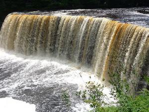 Tahquamenon Río