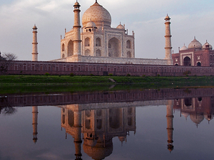One Day Taj Mahal Tour by Train