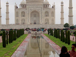 Same Day Tajmahal Tour By Train