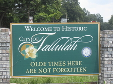 Tallulah Welcome Sign