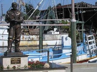 Tarpon Springs Waterfront