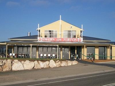 Tavern On Turton