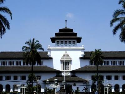Tempat Wisata Di Bandung Gambar Gedung Sate