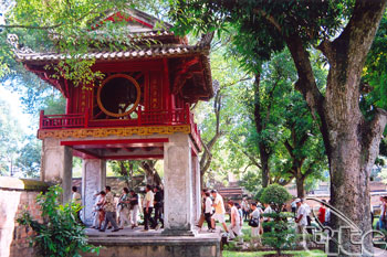 Temple Of Literature - Van Mieu