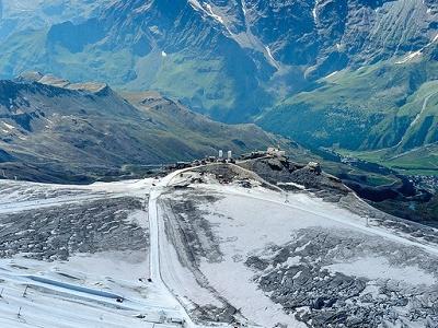 Testa Grigia In Matterhorn Paradise Ski Area