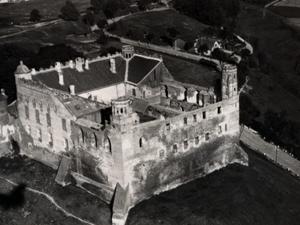 El Castillo de Golub