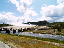 The Midway Geyser Basin Trail - Yellowstone