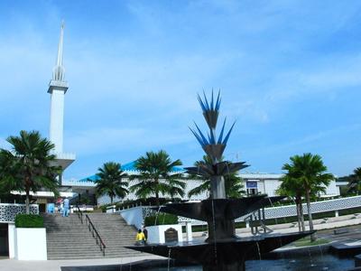 The National Mosque - Jalan Kinabalu