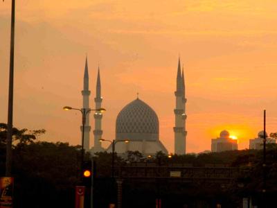 The Sultan Salahuddin Abdul Aziz Shah Mosque