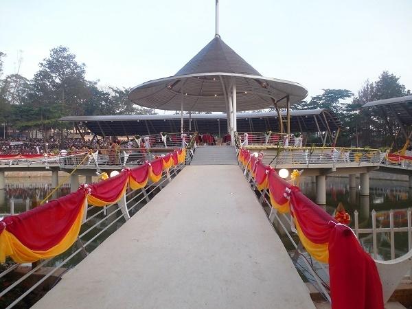 Trip to Namugongo, Munyonyo Martyrs Shrines and Kampala City Photos