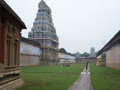 Thiruvarur Temple Outer Praharam