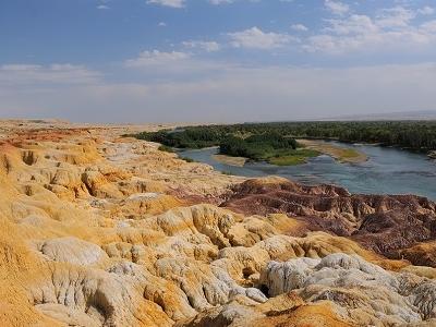 Tian Shan Grand Canyon - Xinjiang