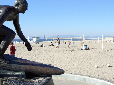 Tim Kelly Lifeguard Memorial Statue At Hermosa Beach Pier