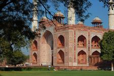 Tomb Of Akbar The Great - Sikandra Fort