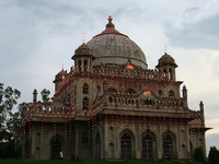 Tombs of Saadat Ali Khan & Khurshid Zadi