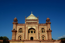 Tomb Of Safdarjung Front