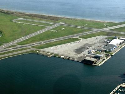 Toronto  City  Center  Airport