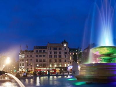 Trafalgar Square - LED Fountain