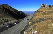 Transfăgărășan Highway Through Fagaras Mountains