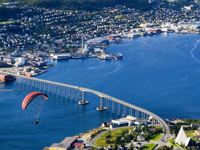 Troms  C 3  B 8 View