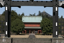 Kuronomon And Sanmon Gates