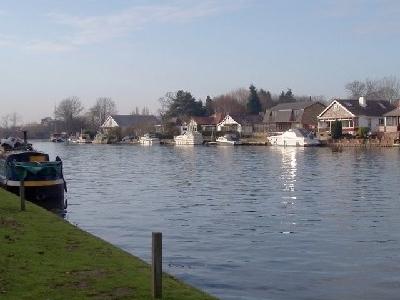 Thames At Walton