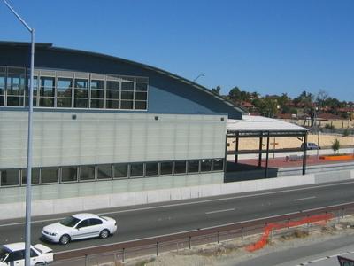 Transperth  Murdoch  Station Building Freeway North
