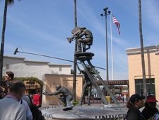 Universal Studios Statue