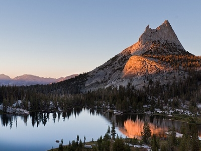 Upper Cathedral Lake - Yosemite NP