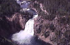 Upper Falls Viewpoint - Across The Canyon - Yellowstone - USA