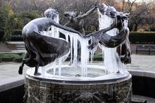 Untermyer Fountain/Three Dancing Maidens