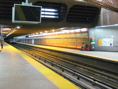 Vendome Metro Station
