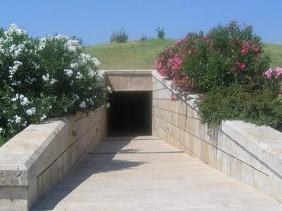 Vergina  Tombs  Entrance