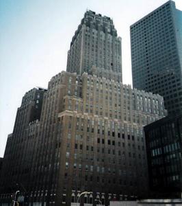 Verizon Building And 7WTC